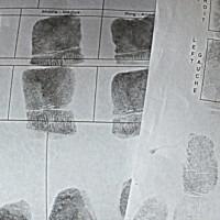 Empreintes au poste de police; plus de 90 jours dans le pays, photocopies et files d'attente… Qu'est-ce qui nous arrive?